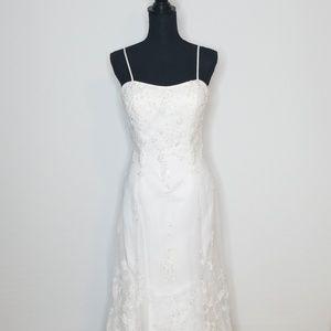beautiful Lace & Beaded Strapped Wedding Dress